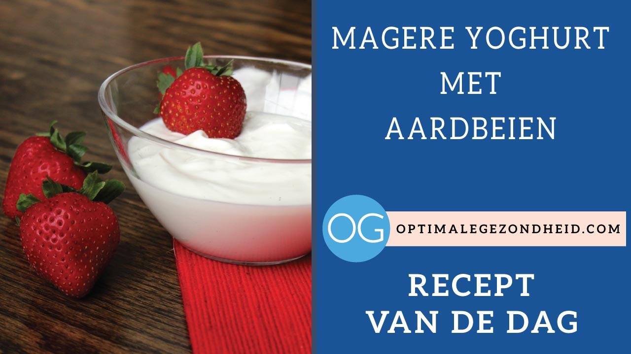 Recept van de dag: Magere yoghurt met aardbeien